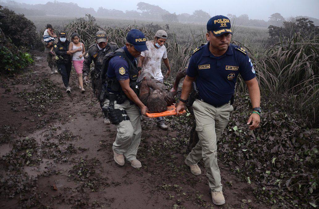 Identifican seis nuevos fallecidos por el volcán de Guatemala