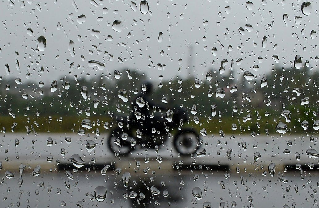 Alerta amarilla por lluvias y vientos fuertes y persistentes para el sur del país