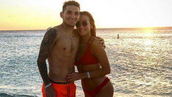 Lucas Torreira y Vittoria descansan en Aruba tras el trajín del mundial