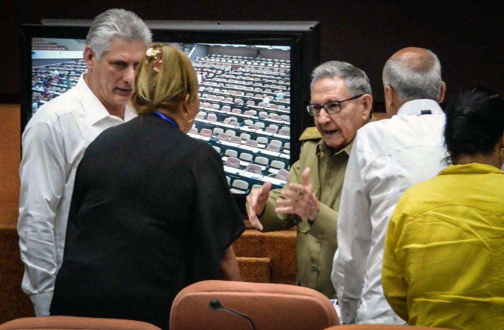 Constitución de Cuba permitirá riqueza, sin sociedad comunista