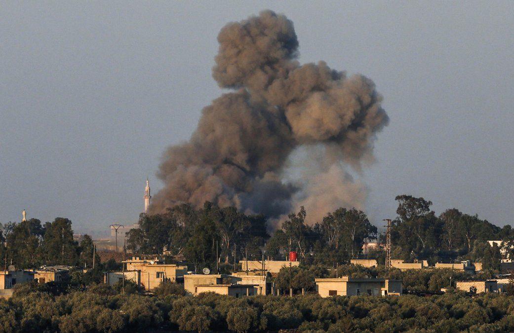 Más de 220 muertos en una ola de atentados del EI en el sur de Siria