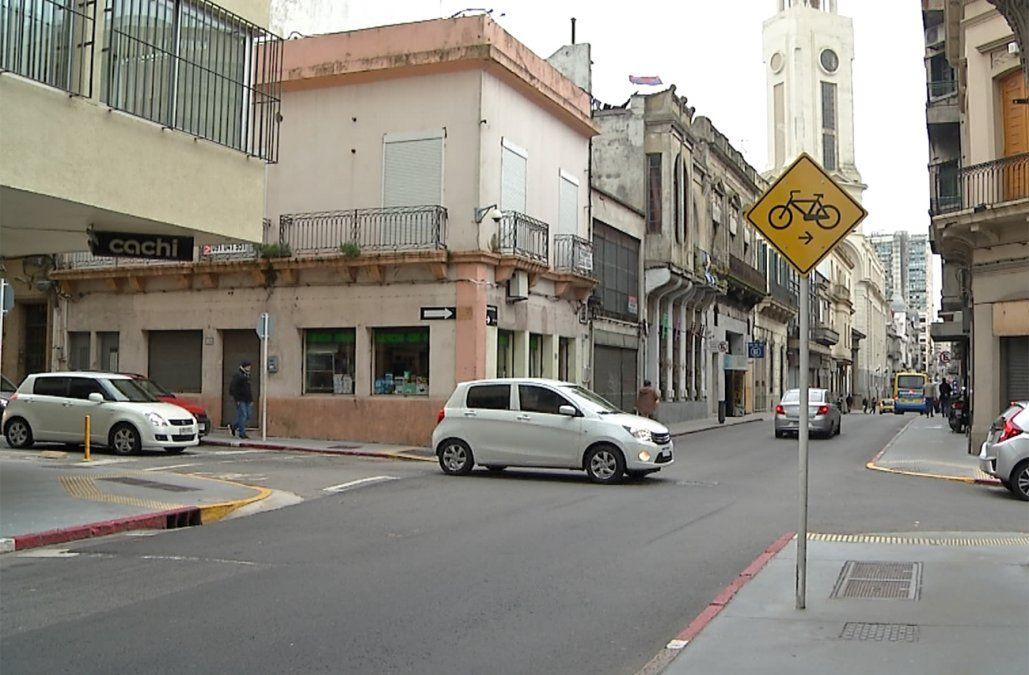 Vendedor de auto secuestrado y rapiñado por ladrones que fingieron ser compradores