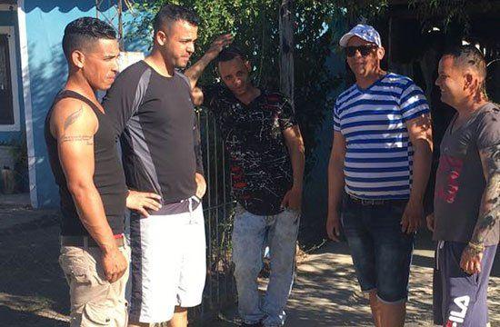 Unos 200 cubanos se radicaron en Santa Rosa