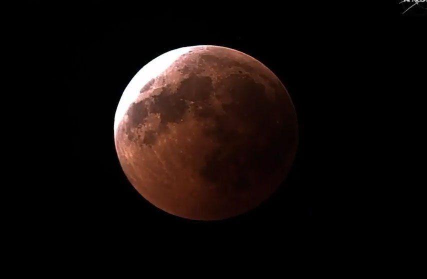 Siga en vivo el eclipse total de Luna más largo del siglo