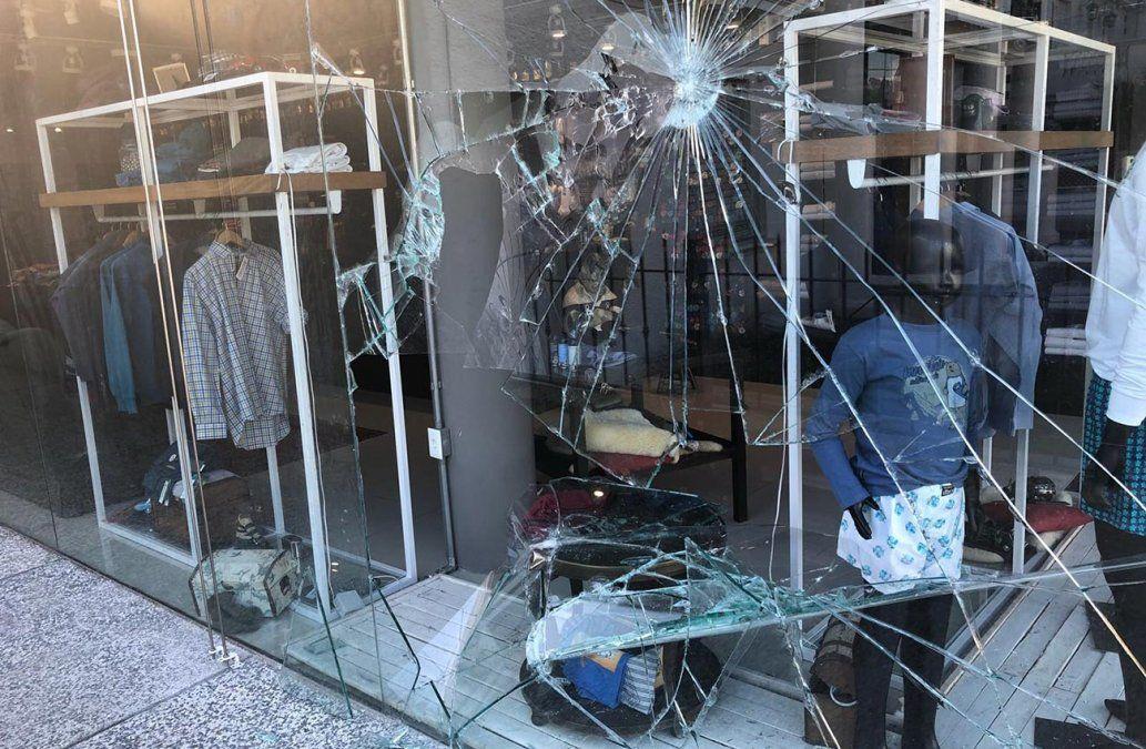 Local de ropa de Carrasco fue robado por segunda vez en cinco días