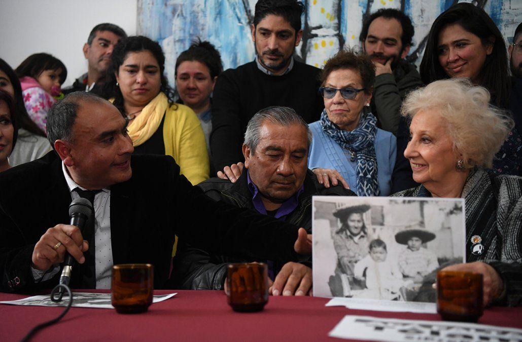 Abuelas de Plaza de Mayo recuperó al nieto 128 en Argentina