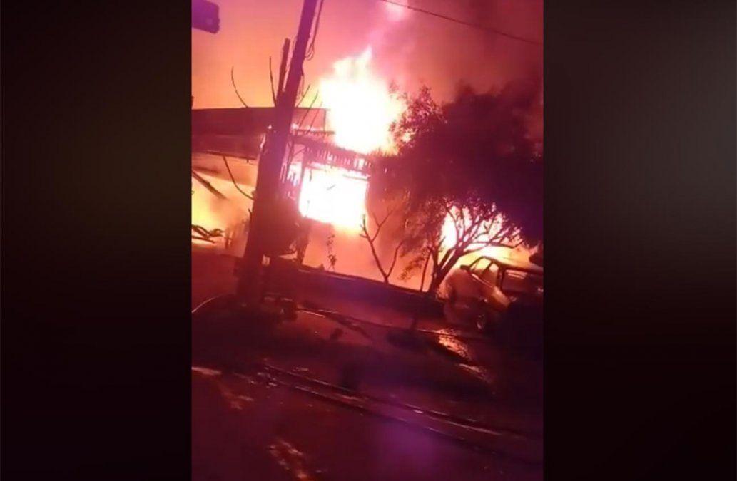 Madre e hija fallecieron en incendio en Bella Unión; investigan las causas