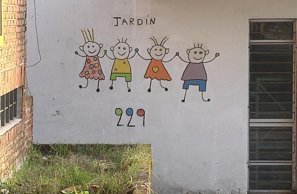 Robaron y vandalizaron un jardín de infantes tres veces en una semana
