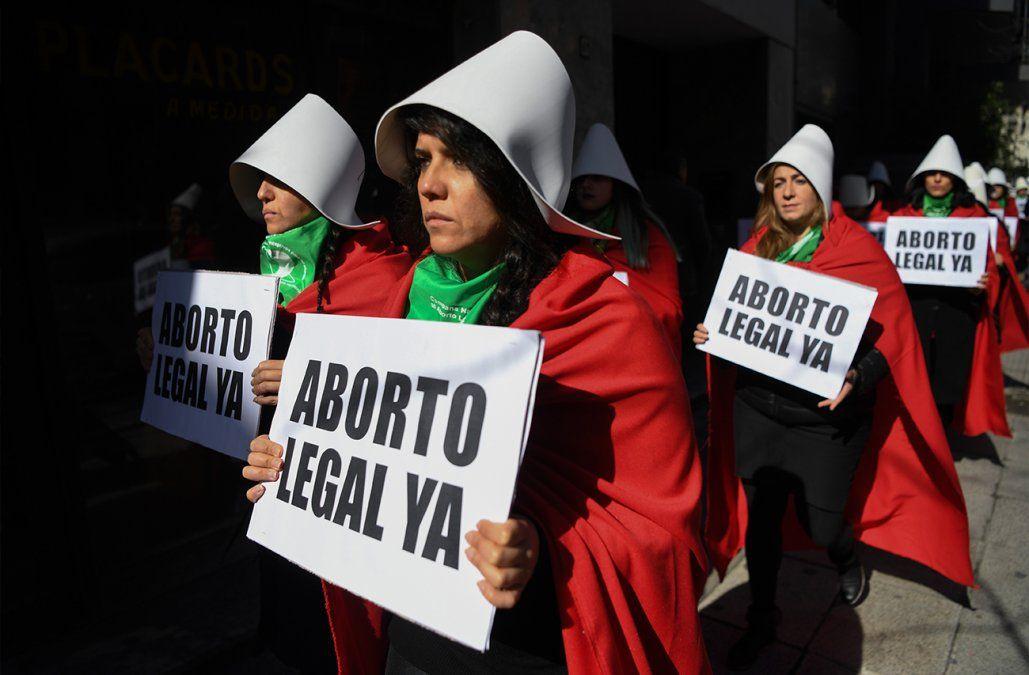 Legalización del aborto en Argentina se somete este miércoles a la última prueba