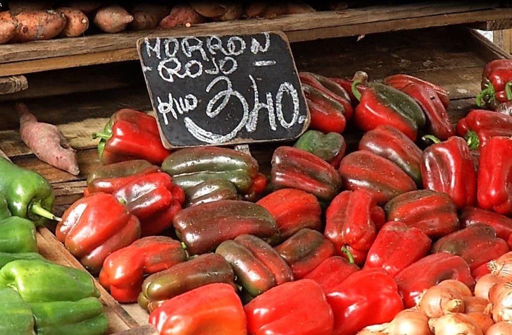 Por qué subió tanto el morrón rojo, y qué otras verduras comprar en la feria