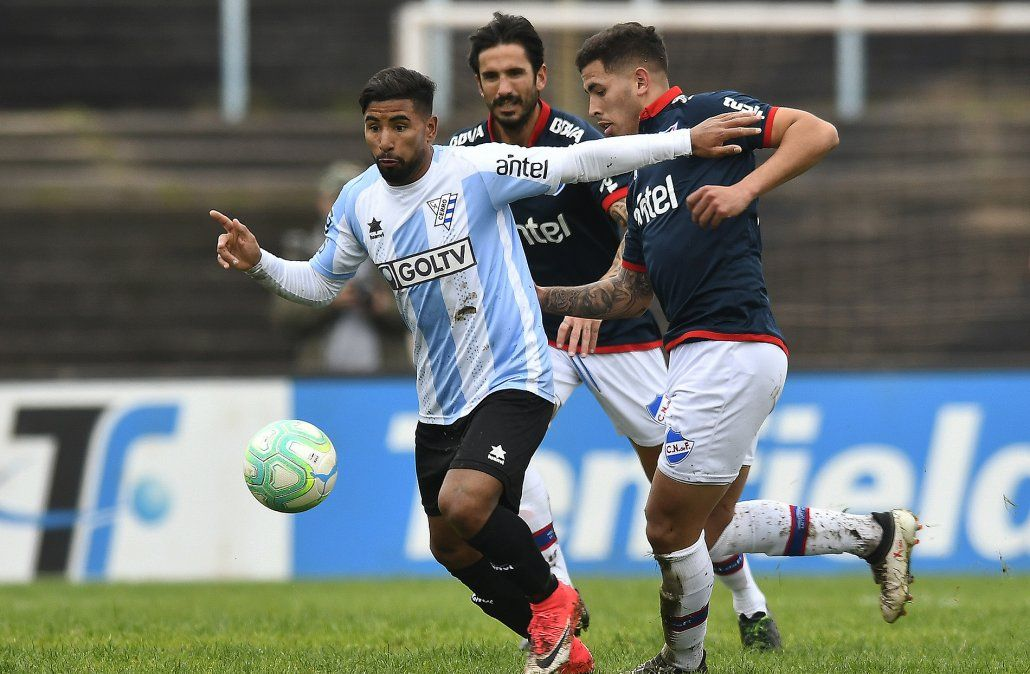 En tres minutos Nacional dio vuelta el partido y le ganó a Cerro