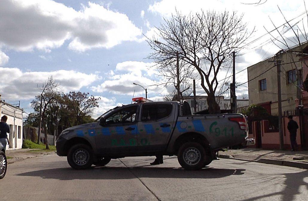 Dos delincuentes muertos por policías en dos asaltos distintos en Montevideo