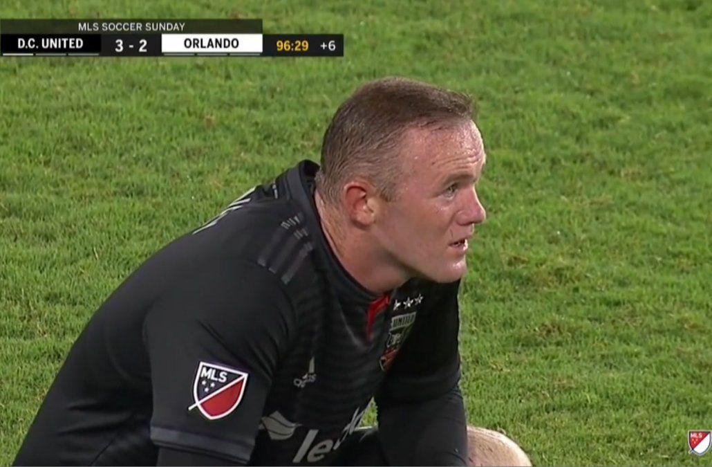La increíble definición entre United y Orlando con el magistral Wayne Rooney