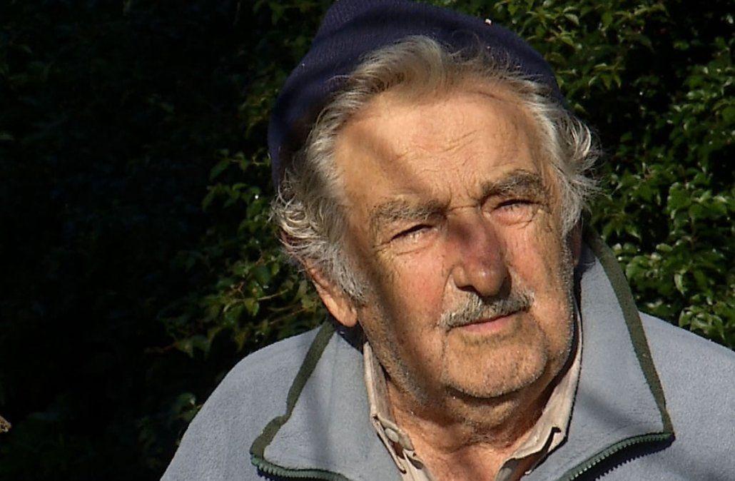 Para Mujica, Manini Ríos estuvo bien al hablar de la reforma de la Caja Militar