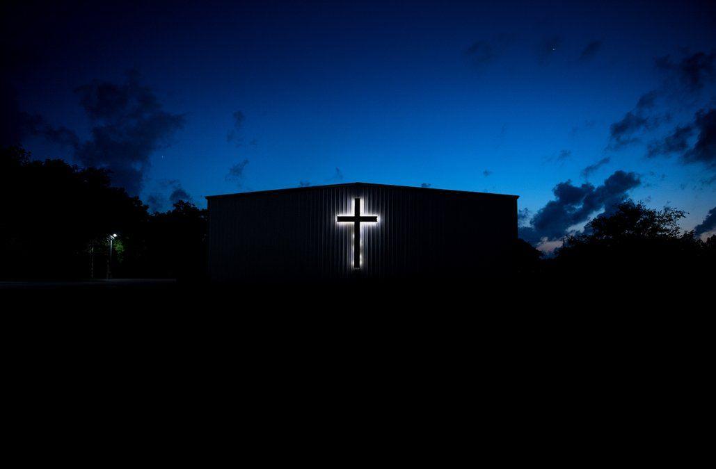 Escándalo en Estados Unidos: una Corte acusó a 300 sacerdotes por pedofilia