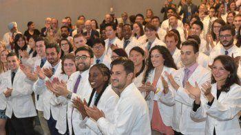 Facultad de Medicina de Nueva York sorprendió a sus estudiantes: desde ahora es gratuita