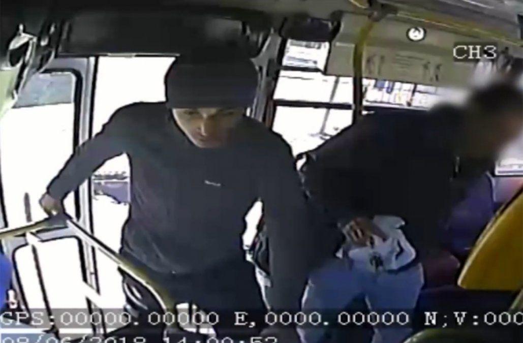 Rapiñero condenado a casi 6 años de cárcel por dos asaltos a ómnibus