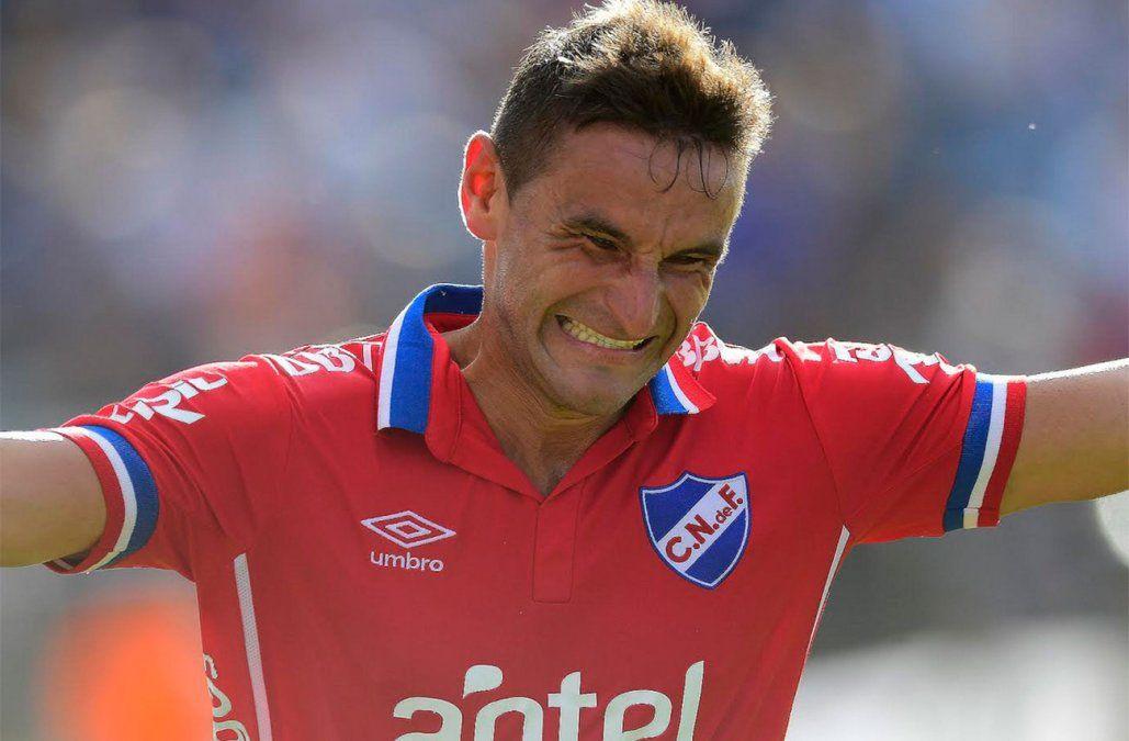 Lavandina Bergessio fue figura en San Lorenzo y hoy es el goleador de Nacional.