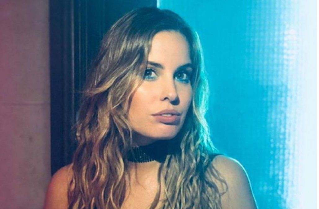 Camila Rajchman vuelve a la música de la mano de ex integrantes de Rombai