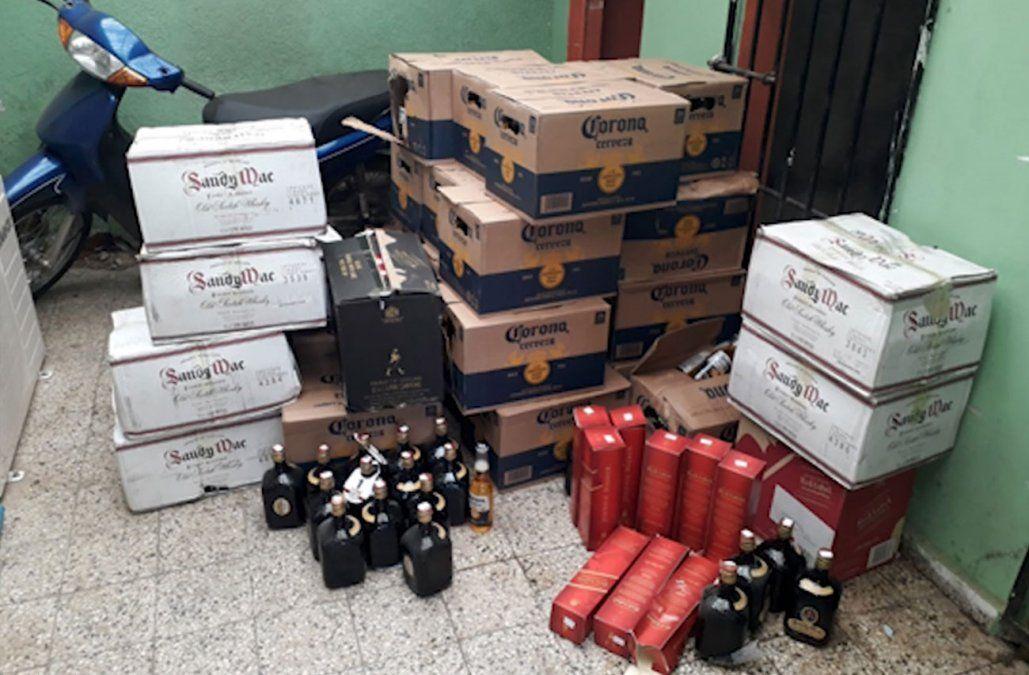 Incautaron cientos de botellas de cerveza y whisky ilegal en Cerro Largo