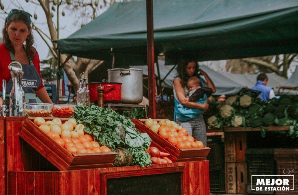 Qué frutas y verduras conviene comprar durante estos días
