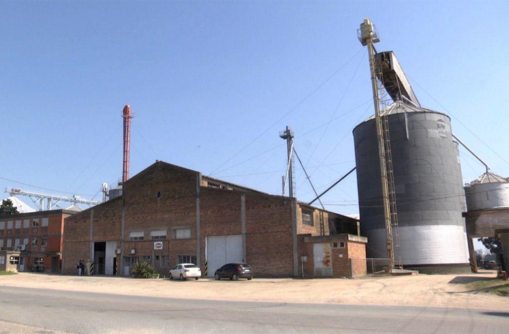 Trabajadores de Saman buscan alternativas tras el cierre de la planta en Río Branco