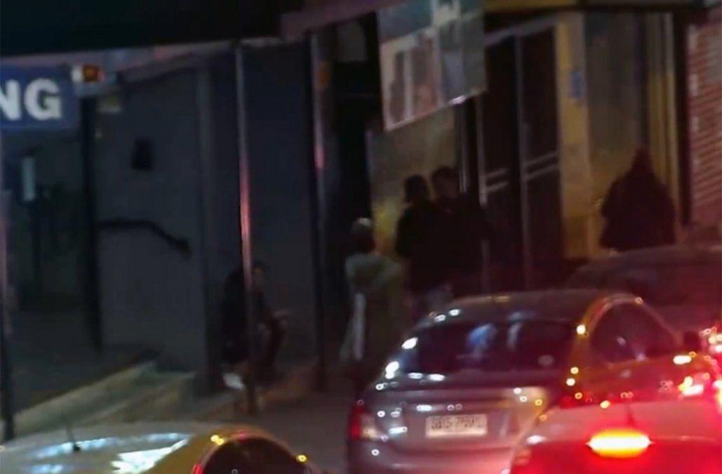 Vendían droga en plena calle, quedaron filmados y fueron detenidos infraganti