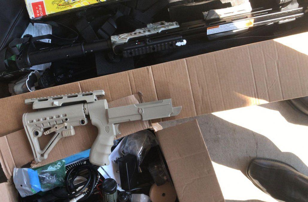Dos personas a prisión por tráfico internacional de armas, municiones y explosivos