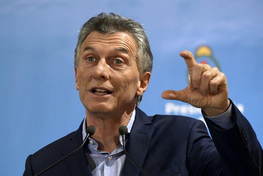 Fiscal federal imputa a Macri y pide suspender acuerdo de Argentina con el FMI