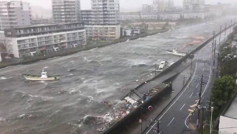 Japón otra vez golpeado por la naturaleza: Osaka bajo agua por el paso del tifón Jebi