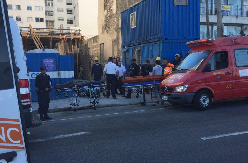 Nueve operarios cayeron dentro de un pozo en una obra que estaba clausurada