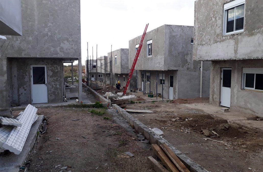 Programa de Vivienda Sindical entregará casas a 400 familias antes de fin de año