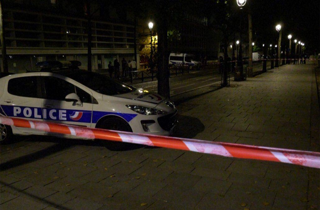 París: siete personas fueron heridas tras una agresión con arma blanca