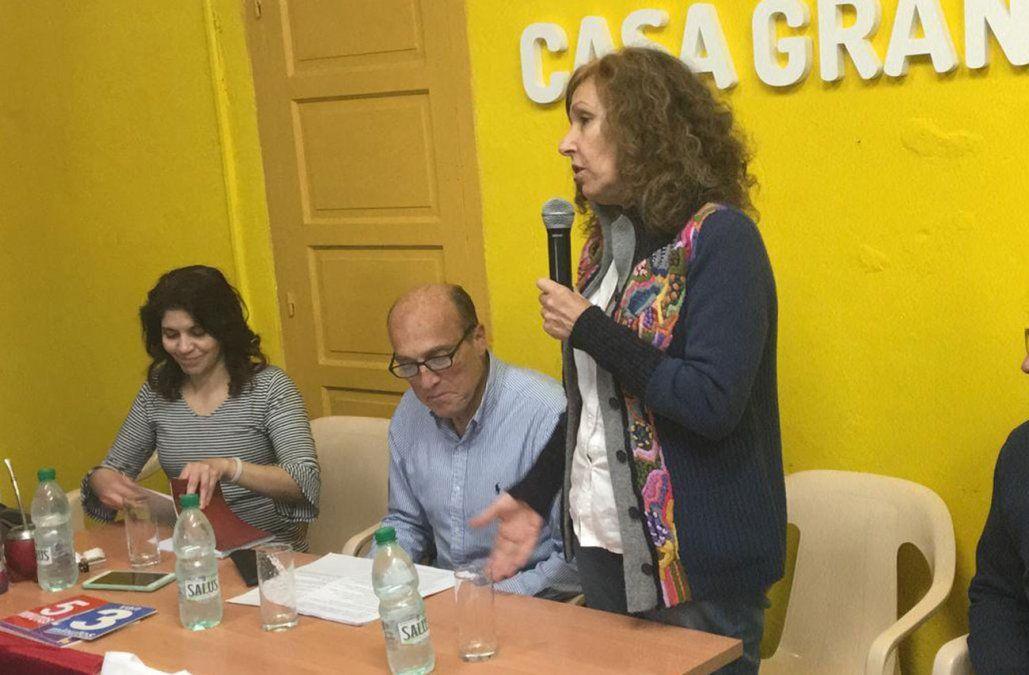 Grupo de Constanza Moreira recibió a los precandidatos del FA para elegir uno