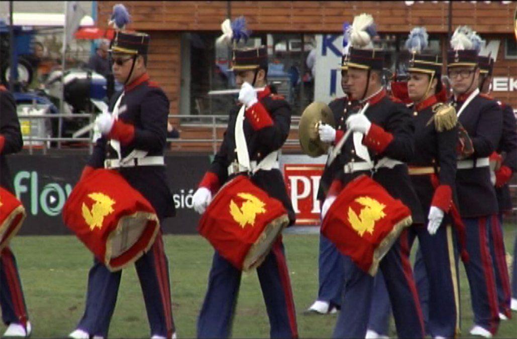 Será sancionado el militar que autorizó a la banda del Ejército a tocar la Marcha Tres Árboles