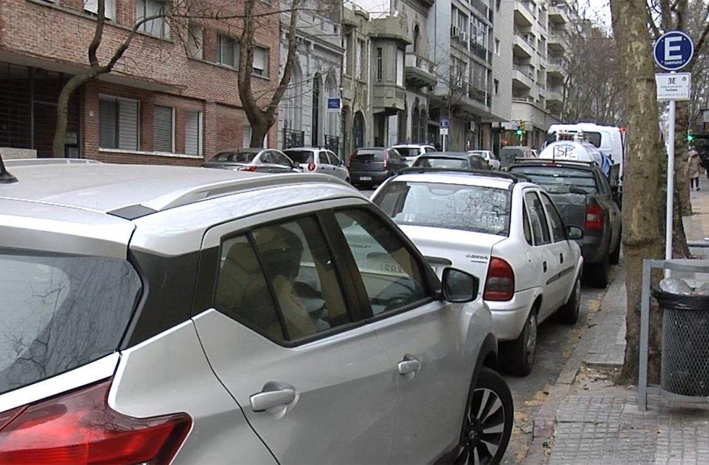 Desde el miércoles la Intendencia fiscaliza en nueva zona de estacionamiento tarifado