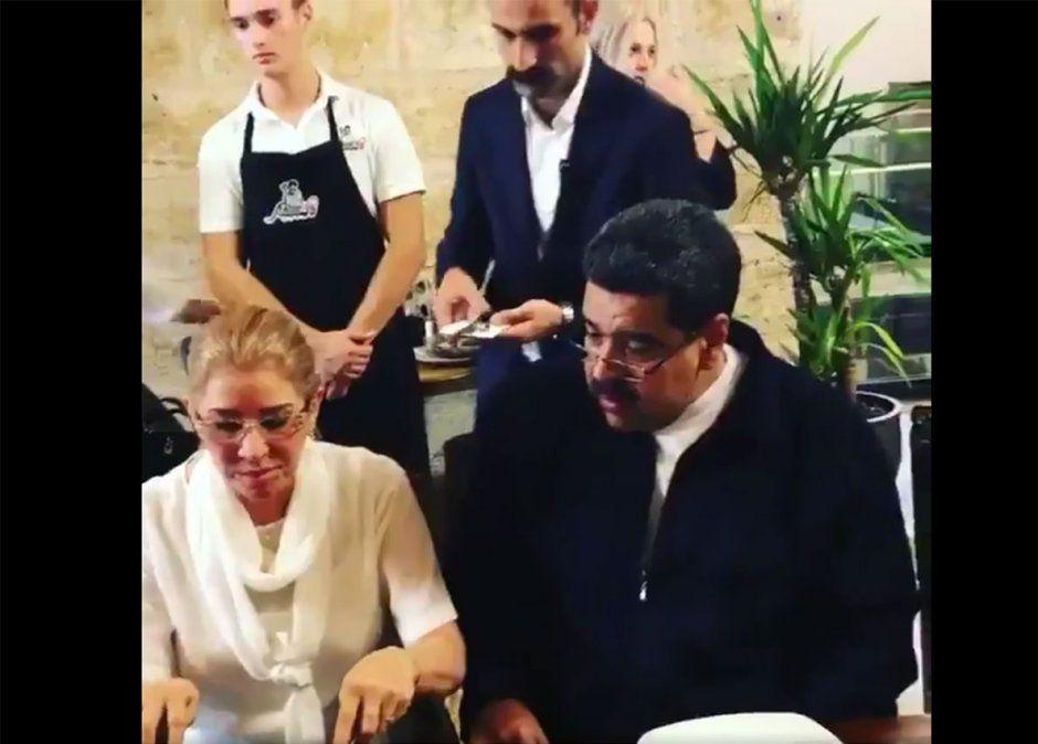 Un video de Maduro en un lujoso restaurante turco causa polémica