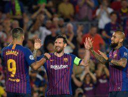 Con tres de Messi, Barcelona goleó 4-0 al PSV por la Champions