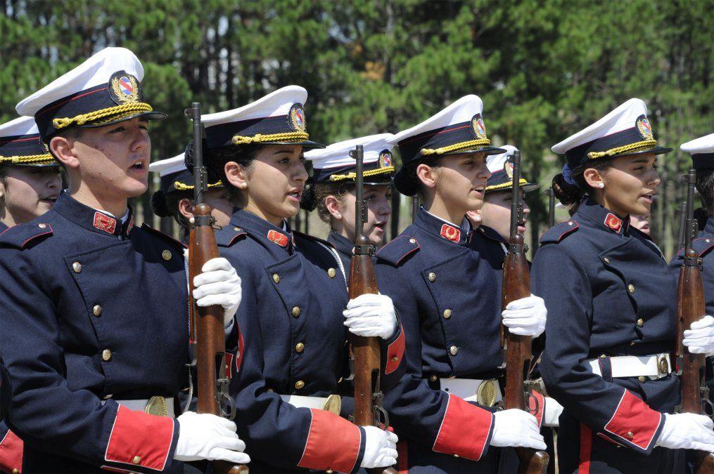 Frente Amplio analiza eliminar gradualmente el Liceo Militar
