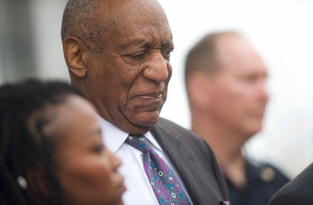 Un juez ordenó que el actor Bill Cosby sea llevado a la cárcel