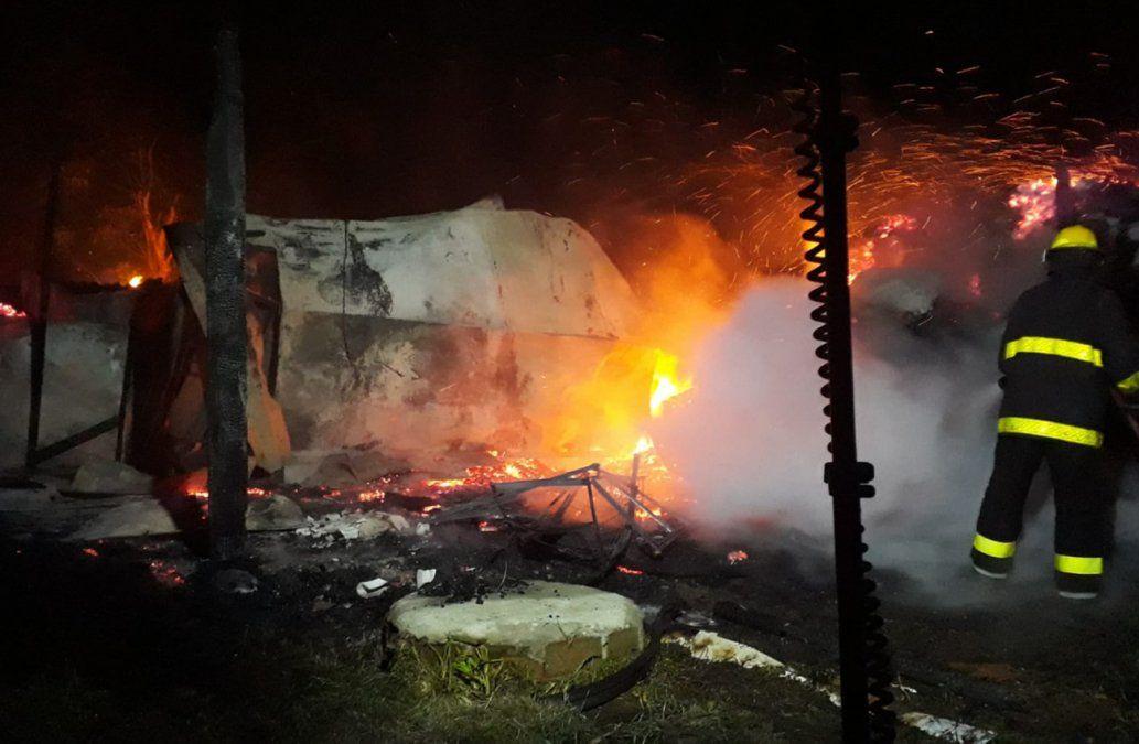 Dos incendios con pérdidas totales en Arachania: presumen intencionalidad