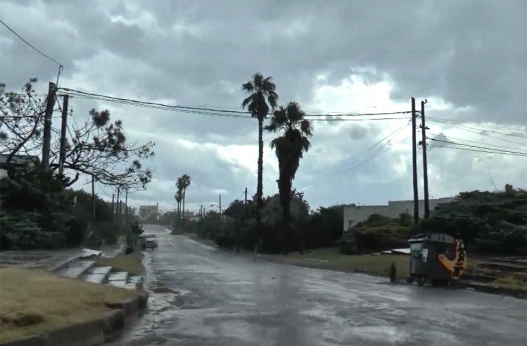 Alerta naranja por tormentas fuertes y lluvias intensas para el suroeste