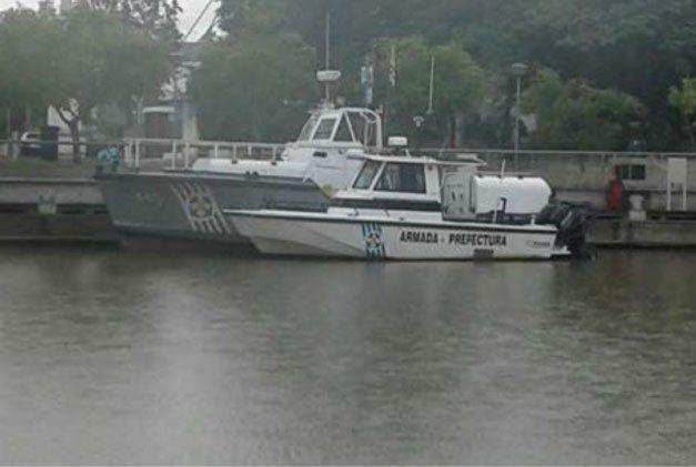 Hombre fue rescatado tras caer de embarcación en el Río Uruguay
