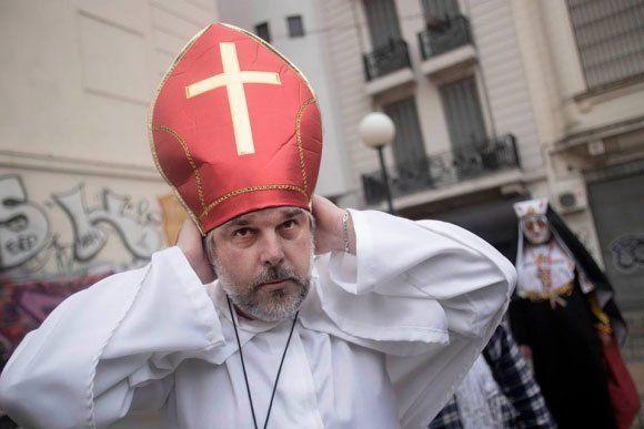 Cabrera trató de hipócritas a los católicos