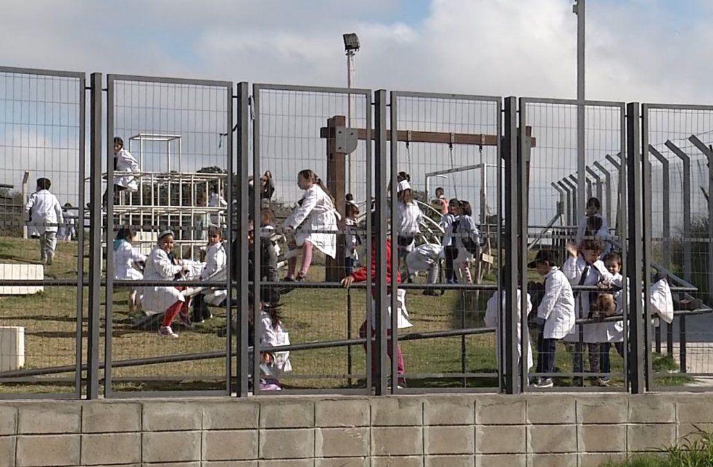 Unos 2.000 niños inmigrantes asisten a las escuelas uruguayas