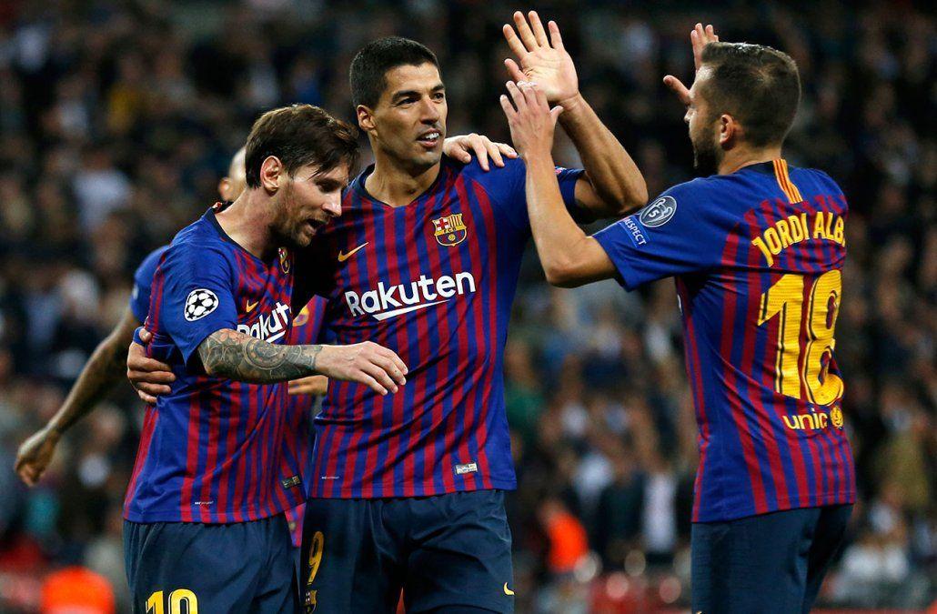 Con dos de Messi Barcelona goleó al Tottenham y lidera su grupo
