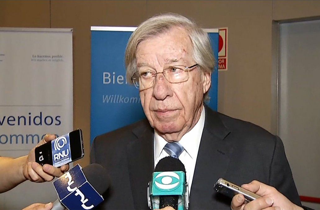 Asamblea Uruguay resolverá su candidato el sábado, aseguró Danilo Astori