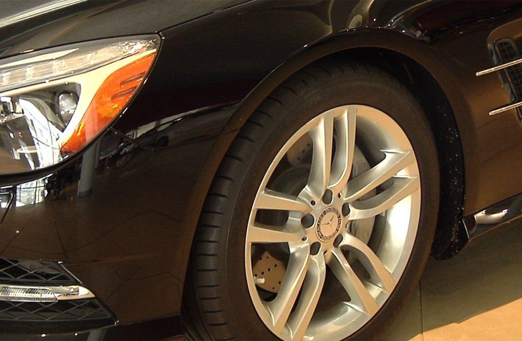 Contribuyentes de IRPF investigados por maniobras con autos de alta gama
