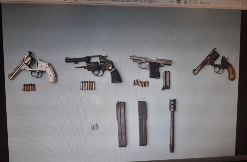 Detienen a 8 miembros de un clan narco que usurpaba viviendas y traficaba armas