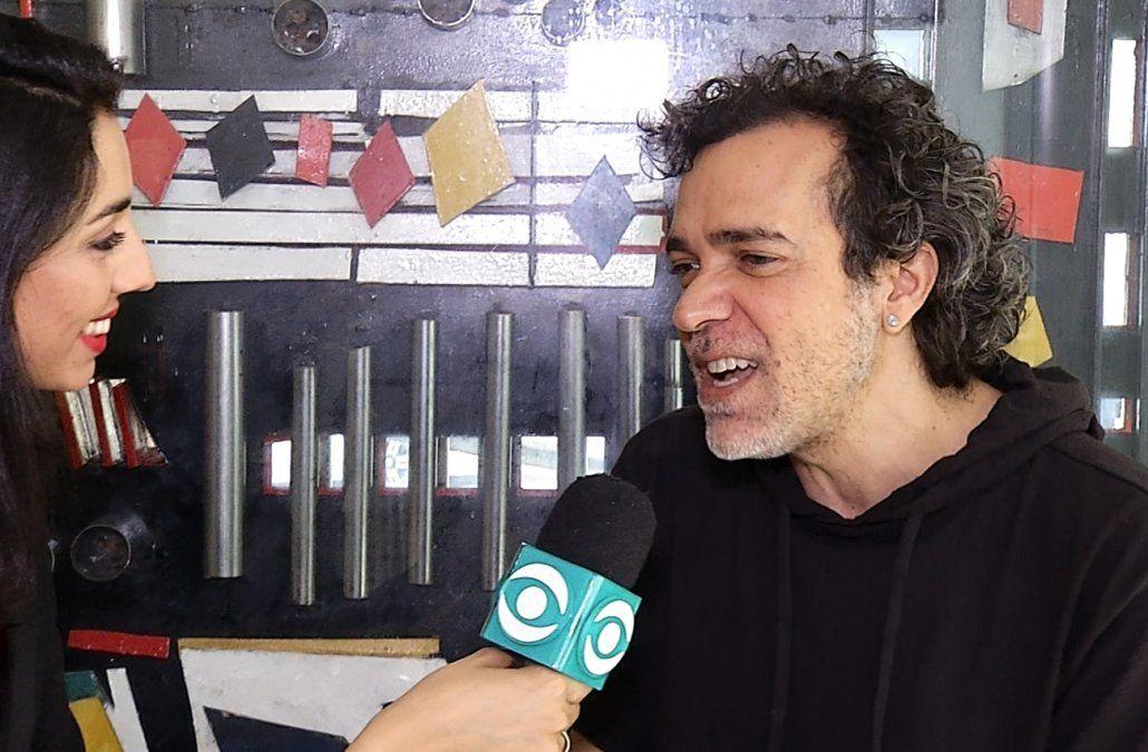 Paulinho Moska, un carioca enamorado de Uruguay que se tatuó el Palacio Salvo